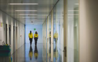 Professionals de la base del SEM a l'Hospital d'Olot